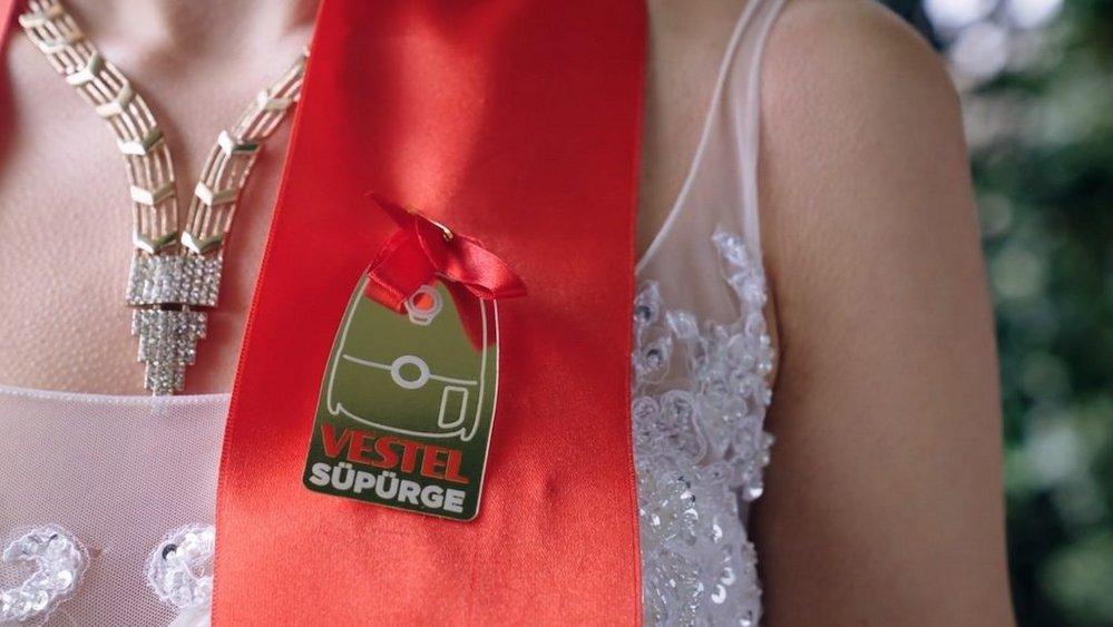 Body image for Turkish white-goods retailer strikes gold with wedding gift promo