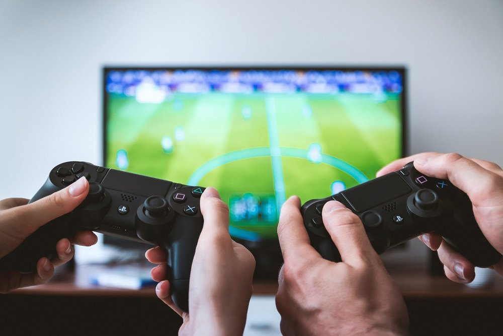 Body image for Strategist's Digest: Are advertising games effective marketing tools?