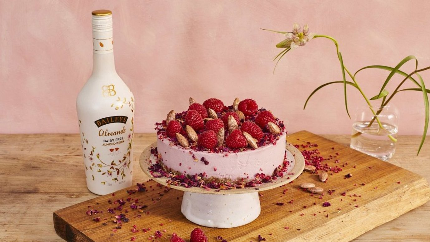 Header image for article Campaign of the Week: Baileys, #RecipeUnfudged