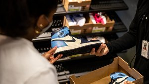 Nike enters resale market with 'refurbished' sneakers